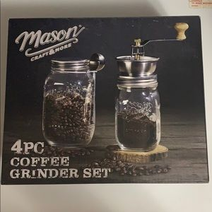 Never used 4 piece coffee grinder set